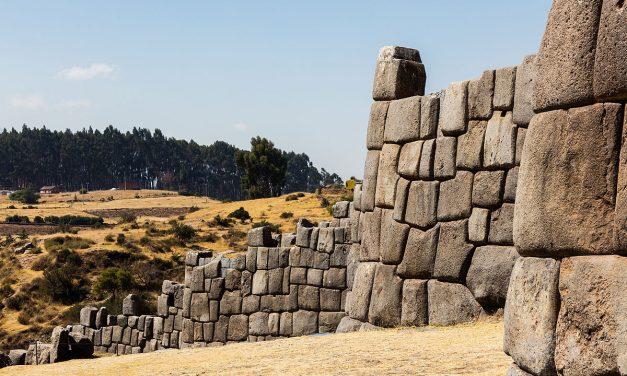 Découvrez le site archéologique péruvien de Sacsayhuaman