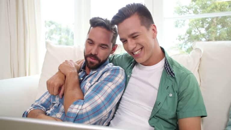 les site de rencontre gay à Fort de France