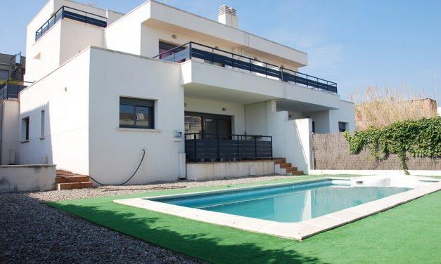 Maison de vacances : Pourquoi louer une maison à la Costa Dorada?