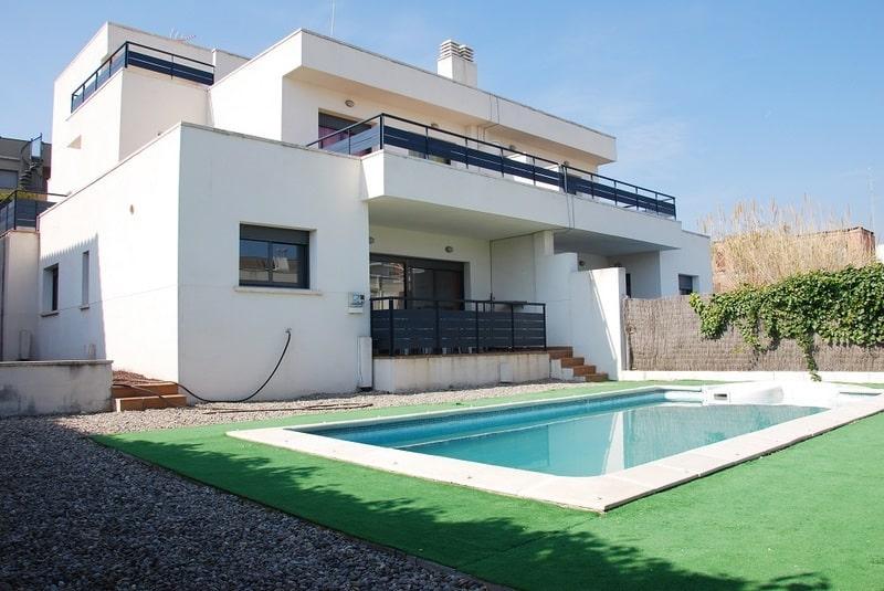 maison de vacances pourquoi louer une maison la costa. Black Bedroom Furniture Sets. Home Design Ideas